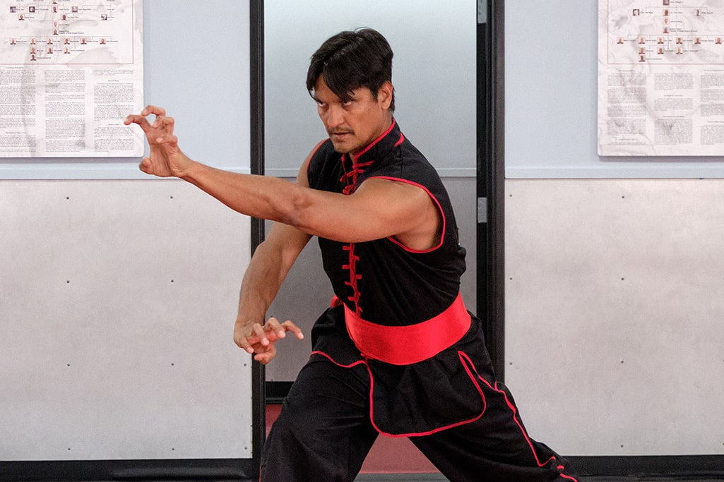 Tai Sifu Ben Stanley, a Combat Kung-Fu contributor, shows a tiger style self-defense technique.